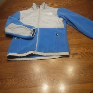 Girl's The North Face coat L. $19.00 # 709